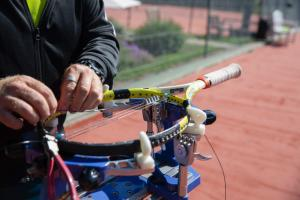 Racket Stringing